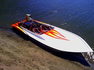19 Ft. Performance Gullwing Jet Boat